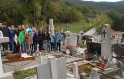 Obisk groba Makse Samsa